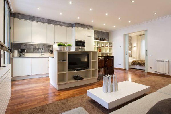 BCN Luxury Apartments - 16