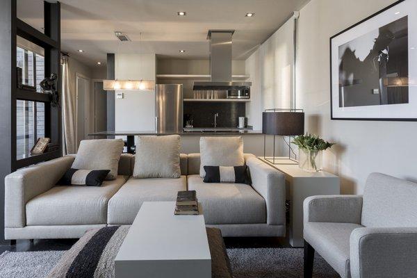 BCN Luxury Apartments - 6