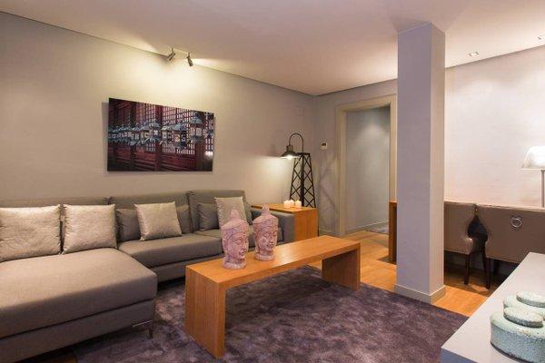 BCN Luxury Apartments - 8