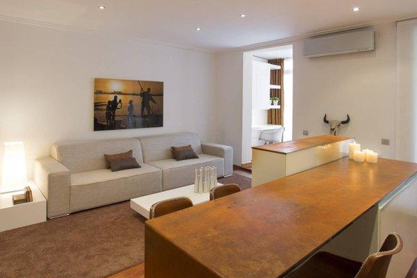 BCN Luxury Apartments - 9