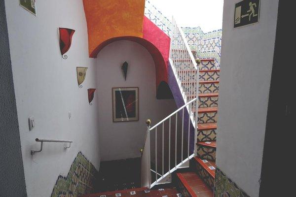 Hotel La Fonda del Califa - фото 19