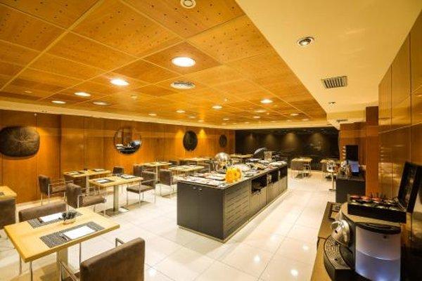 AC Hotel Almeria, a Marriott Lifestyle Hotel - фото 13