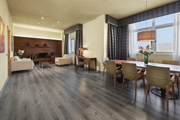 Elba Almeria Business & Convention Hotel - фото 10