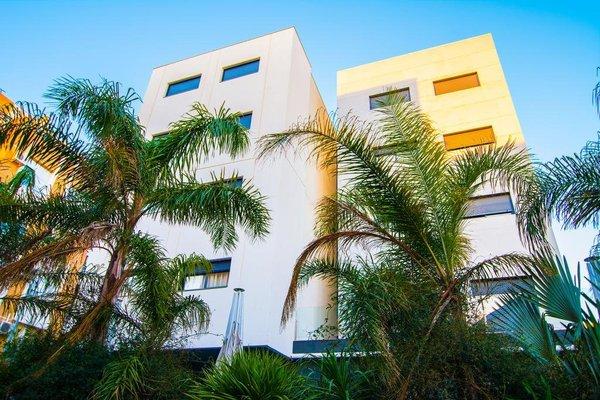 Apartamentos 16:9 Suites Almeria - фото 50