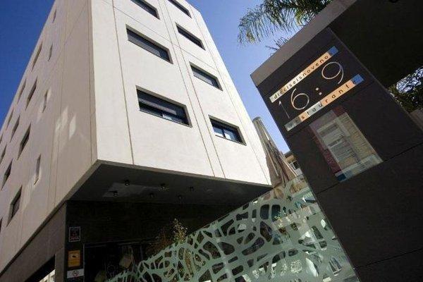 Apartamentos 16:9 Suites Almeria - фото 22