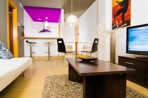 Apartamentos 16:9 Suites Almeria - фото 9