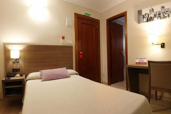 Hotel Avenida Plaza - фото 50