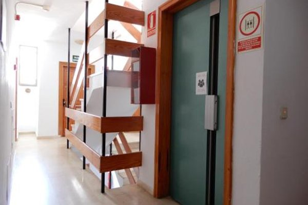 Marina Palmanova Apartamentos - фото 14