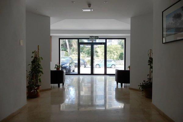 Marina Palmanova Apartamentos - фото 15