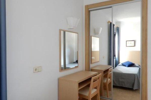 Marina Palmanova Apartamentos - фото 4
