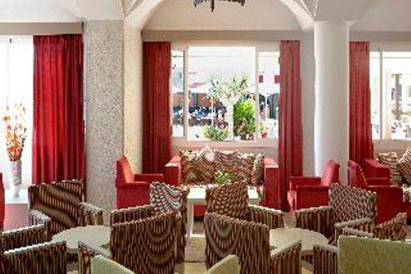 Universal Hotel Romantica - фото 4