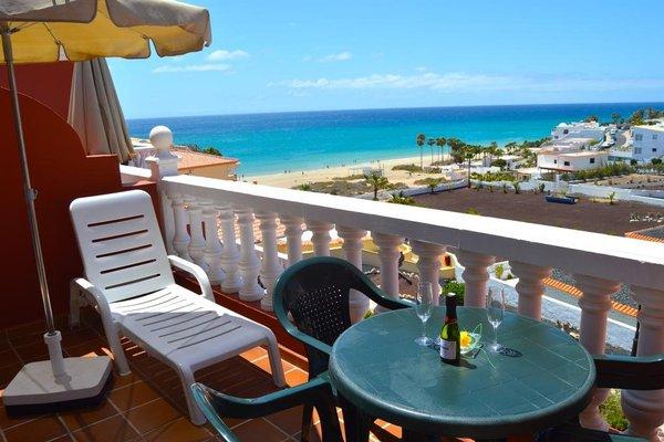 Bahia Calma Beach - 16