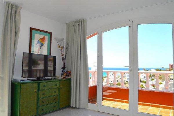 Bahia Calma Beach - 7
