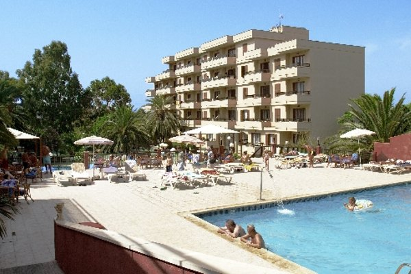 Hotel y Apartamentos Playa Mar - 22
