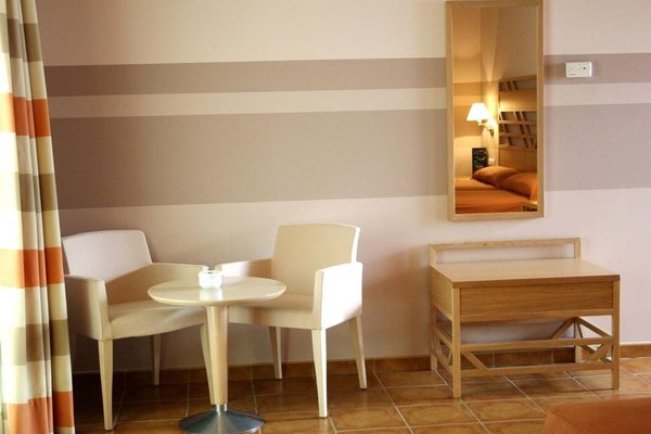 Calamijas Hotel - 4