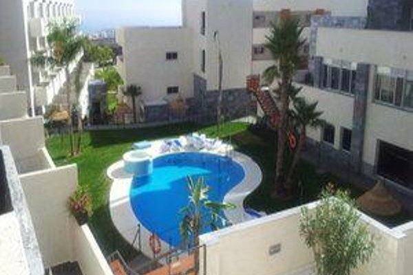 Apartamentos Calalucia - фото 20