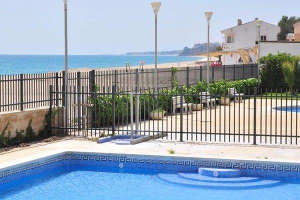 Apartamentos La Riviera - фото 9