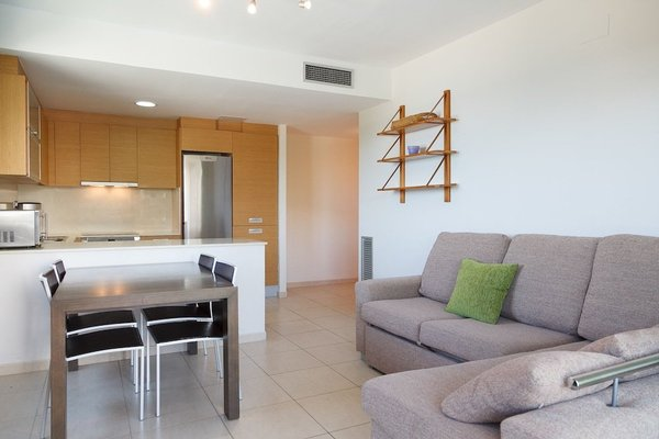 UHC Panoramic Apartments - фото 19