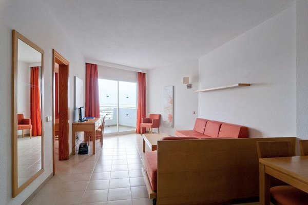 Eix Lagotel Apartamentos - фото 4