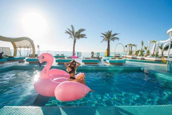 Dorado Ibiza Suites - фото 21