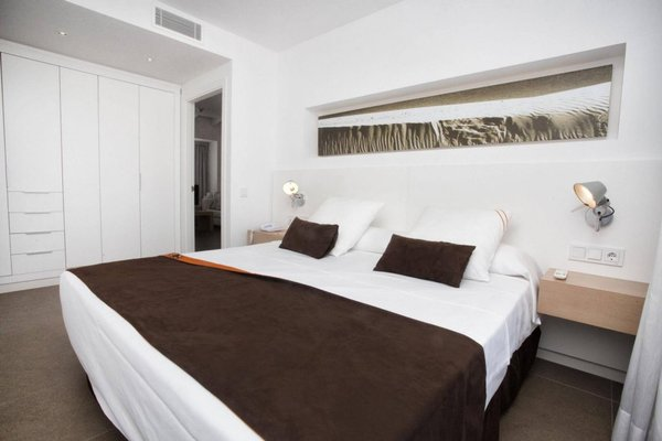 Ibiza Sun Apartments - фото 11