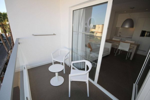 Ibiza Sun Apartments - фото 13