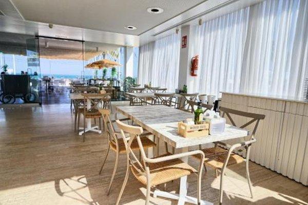 Hotel De La Playa - фото 8