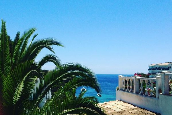 Apartamentos Ferrera Beach - 22
