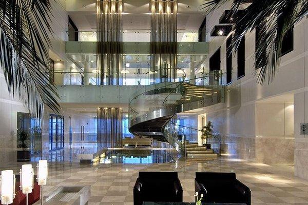 Hyatt Regency Dubai - Corniche - 13