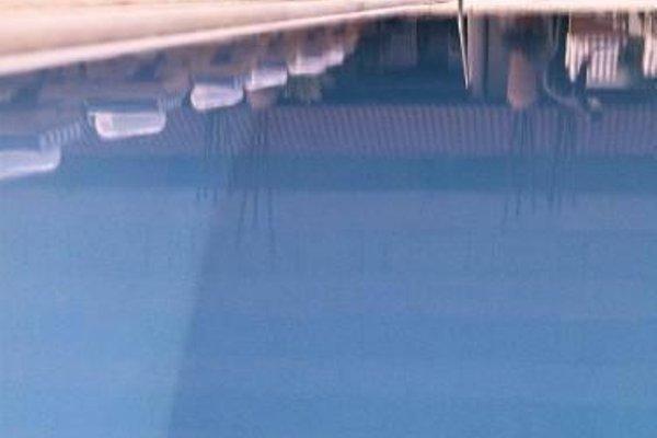 Hyatt Regency Dubai - Corniche - 20