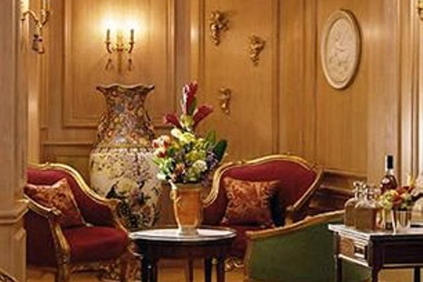 Hotel de la Motte Picquet - 8