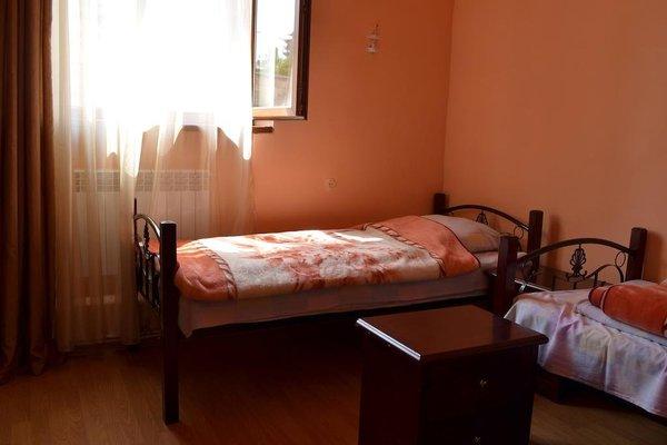 Balcony Villa Hostel - фото 12