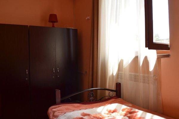 Balcony Villa Hostel - фото 13