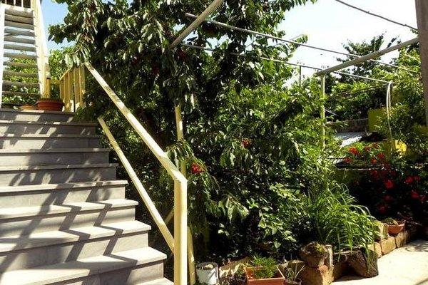 Balcony Villa Hostel - фото 20