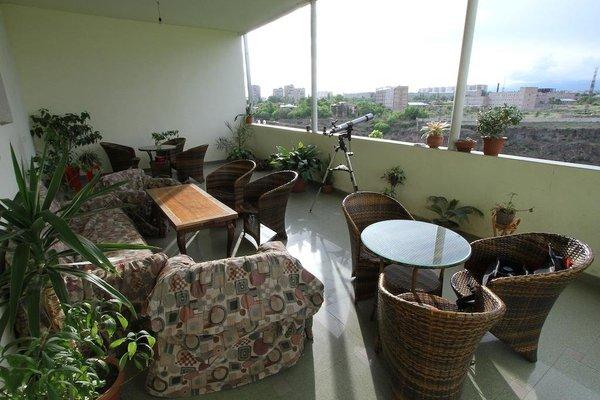 Balcony Villa Hostel - фото 22