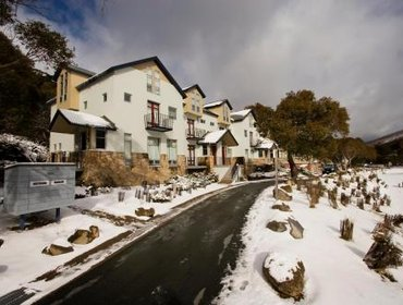 Апартаменты Thredbo Apartment Accommodation