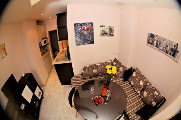 Varna Sea Garden Apartment - фото 3