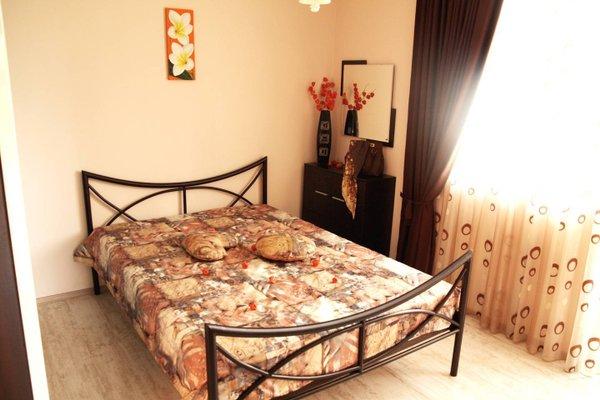 Varna Sea Garden Apartment - фото 8
