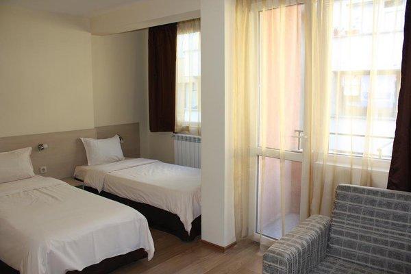 Madrid Hotel - фото 4