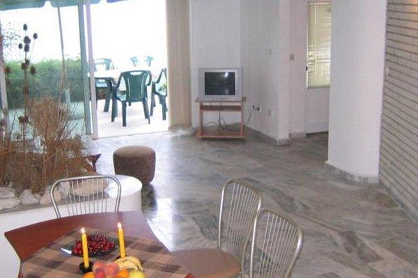 Oasis Apartment Ravda - фото 11