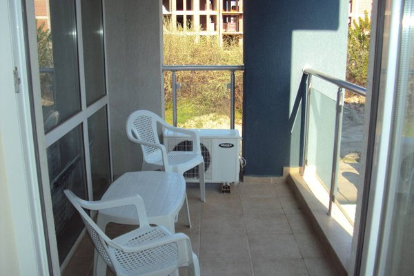 Sun City Apartments - фото 7