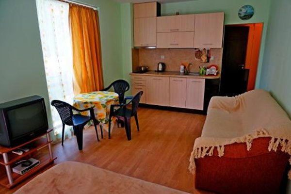 GT Villa Astoria Apartments - фото 10