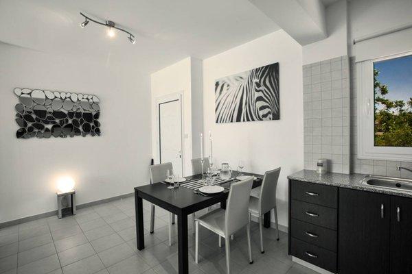 Abrielle Apartments - фото 10