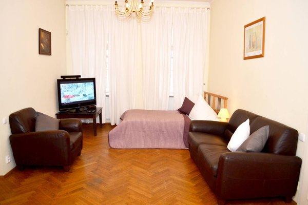 Modern Cozy Apartment by Ruterra - фото 3