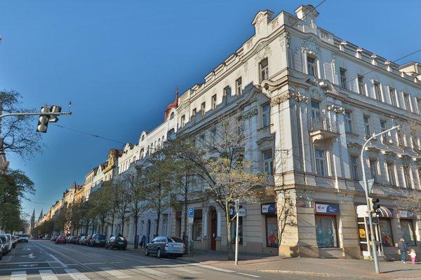 Wonderful apartment in Vinohrady - фото 14