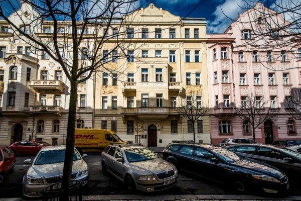 Modern Apartment Riegrovy sady - фото 6