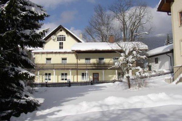 St Lukas Apartments - 23