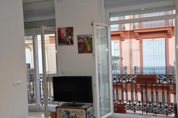 Valencia City Center New Apartments - фото 16