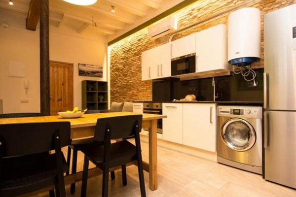 Barcelona 10 - Apartments - фото 11