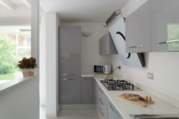 Sirmione Halldis Apartments - фото 10